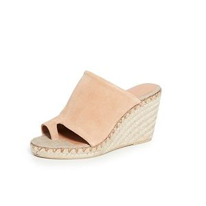 NWB Vince Sutherland Toe Ring Mules - Size 6